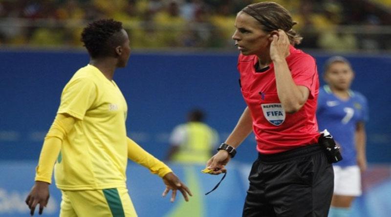 Stéphanie Frappart en demi-finale de l'Euro